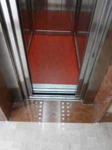 impianto elevatore ad azionamento elettrico installato da Everest - 4