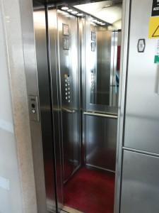 impianto elevatore ad azionamento elettrico installato da Everest - 14