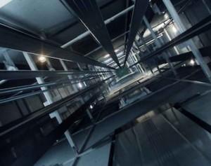 Vista su vano di ascensore