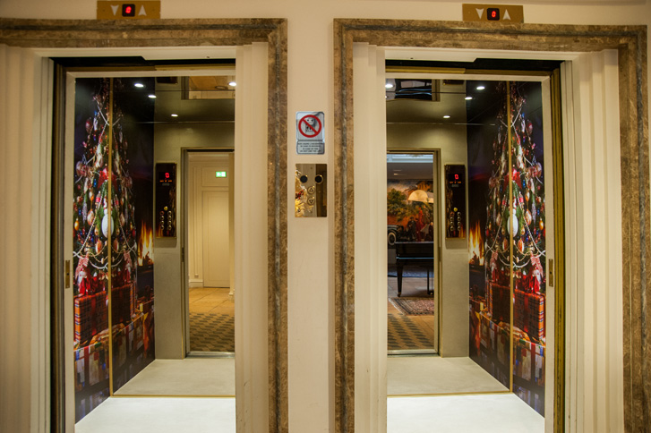 Hotel Pierre 5 Stelle Milano - Via De Amicis (Natale 2015)