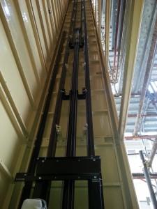 Piattaforma elevatrice a Cinisello Balsamo (MI)