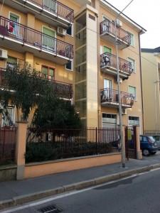 Piattaforma elevatrice a Cinisello Balsamo Milano