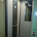 Ascensore per disabili e anziani milano - interno cabina 2